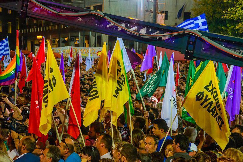 Syriza folla