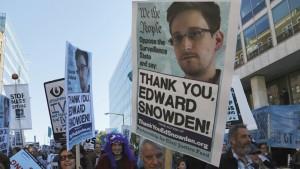 manifestazioni a favore di Edward Snowden
