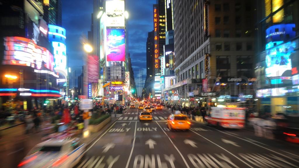 Tinder-Fenomenology-in-New-York-3