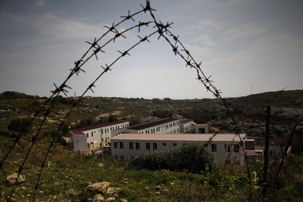 centro-prima-accoglienza-Lampedusa
