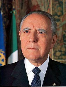 il 10° Presidente della Repubblica Italia Carlo Azegli Ciampi, presidente durante i fatti di Genova