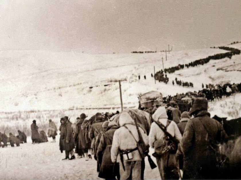 ritirata della 8 armata italiana sconfitta dai russi nelle battaglie del Don