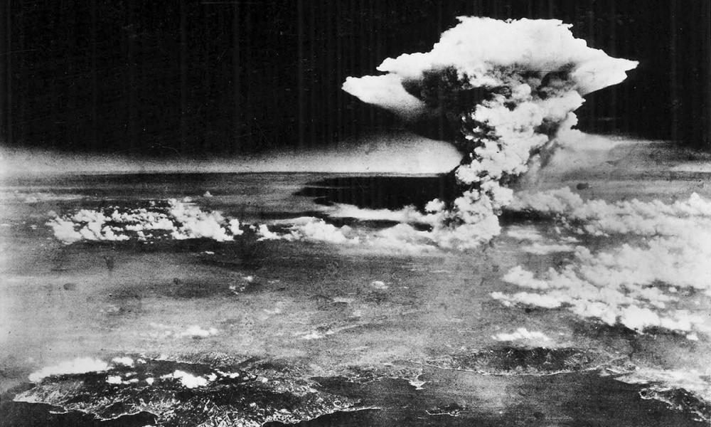 Il fungo atomico su Hiroshima come dovette vederlo Claude Heatherly
