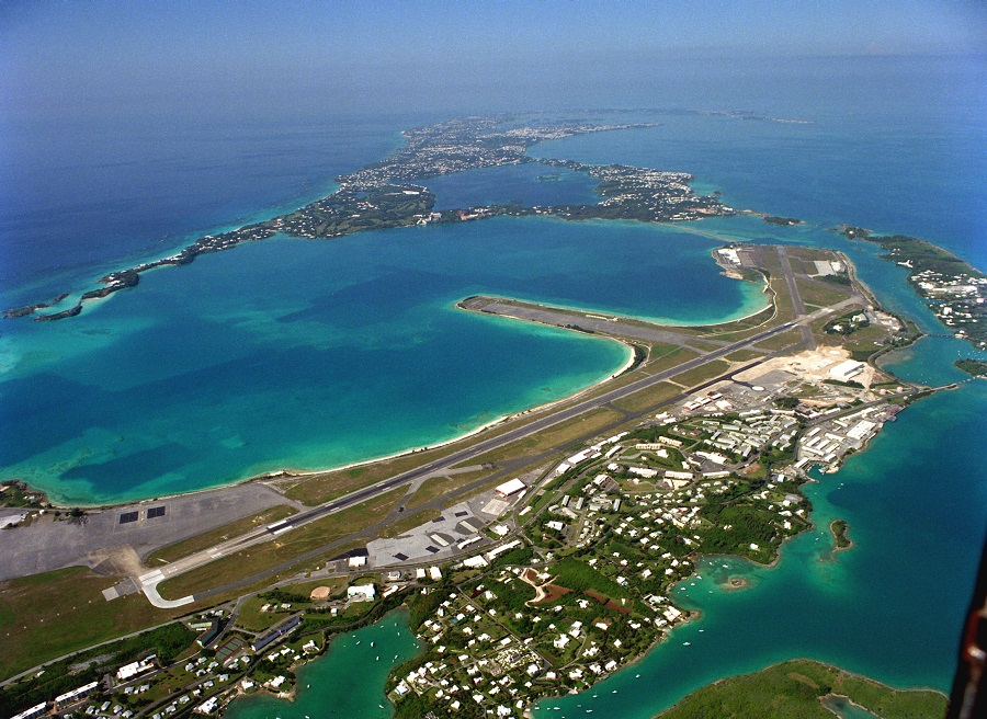An aerial view of U.S. Naval Air Station Bermuda showing the main runway.