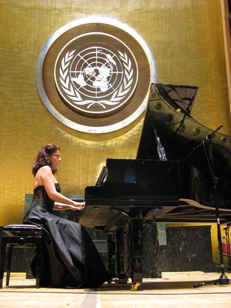 La pianista Cristiana Pegoraro , diretrrice artistica e fondatrice del Narnia festival