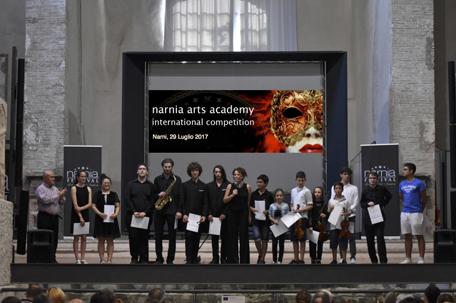 """""""i vincitori della borsa di studio Victor Uckmar alla terza edizione del Narnia Arts Academy International Competition"""""""