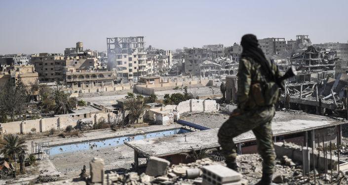 rovine-raqqa