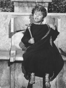 loris-loddi-interpreta-il-piccolo-cesarione-nel-kolossal-cleopatra-136593
