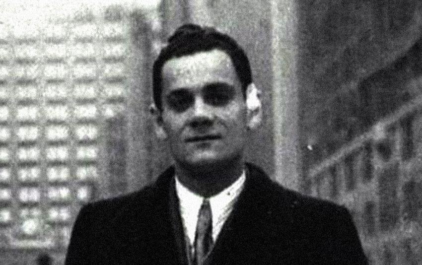 Alberto Moravia (Roma, 28 novembre 1907 – Roma, 26 settembre 1990) da giovane