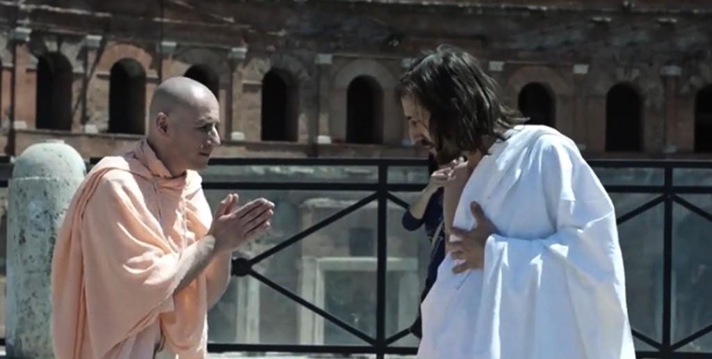 Il finto Gesù dei fori imperiali e il vero monaco buddista