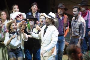 prima recita de L'Elisir d'Amore con la regia di Pier Francesco Maestrini ed il direttore Fabrizio Maria Carminati.