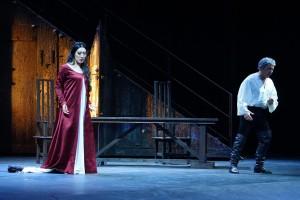 Vittoria Yeo (Leonora) e Sergio Bologna (Conte di Luna)